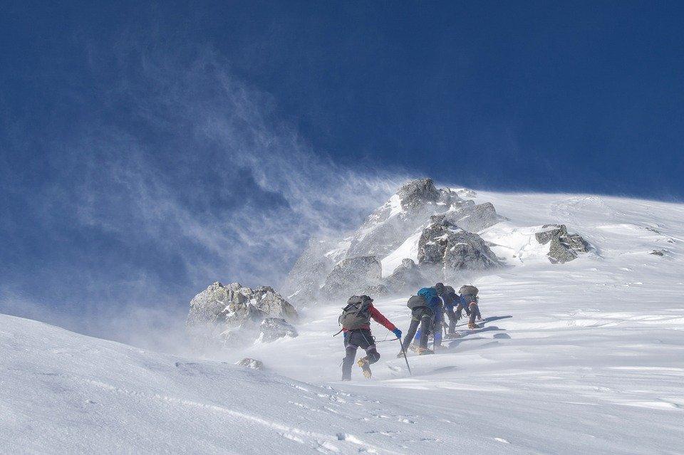 abbigliamento trekking sulla neve
